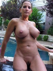 Naked moms from social networks,..