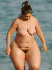 BBW pix, Mature women with wide hips