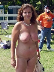Mature mix chubby BBWs naked
