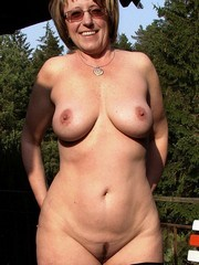 Hot British and Uk Wives And Milfs from..