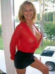 Elegant amateur mature ladies clothed.