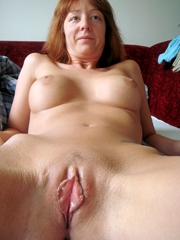 Thin pussy lips, amateur mature shows..