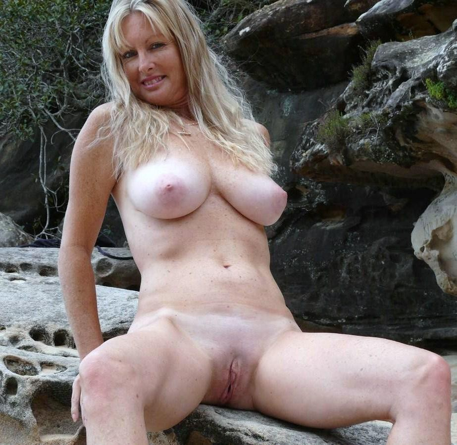 mature english nudists - pics and galleries
