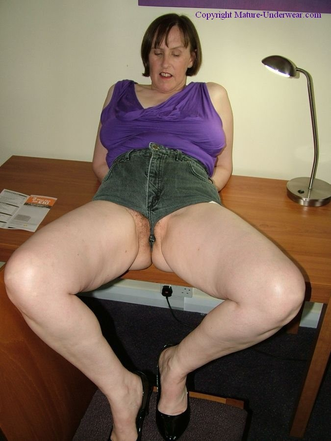 fat lesbians pussy f