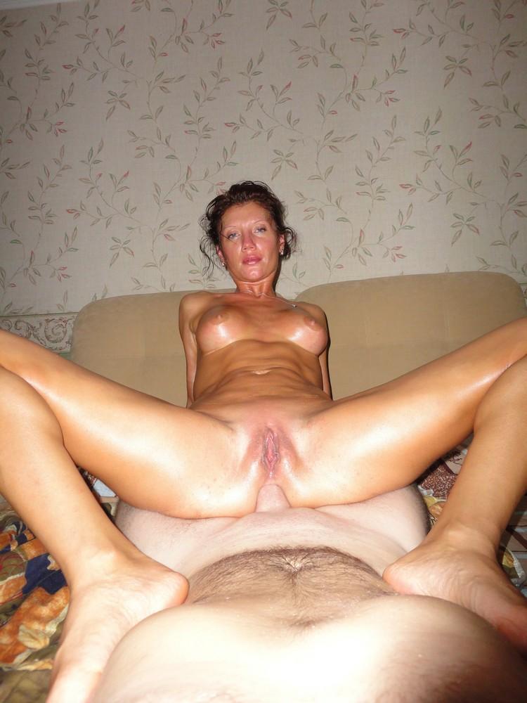 Naked latina fingering herself