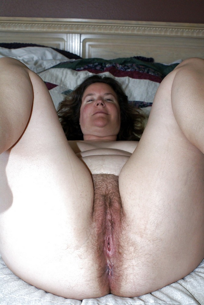 Woman eats her own white creamy cum 3 3
