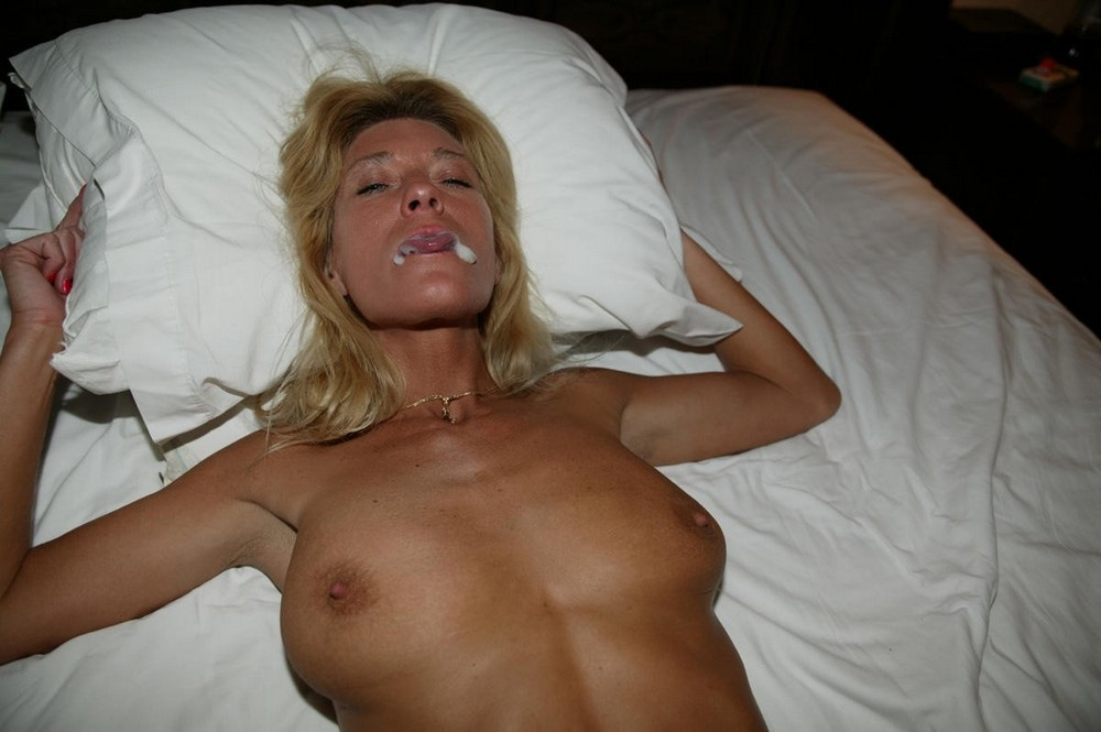 Mature women that swallow