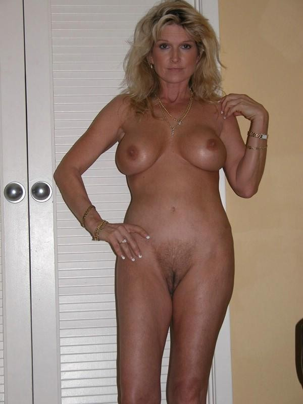 Collection Classy Nude Mature Women Pictures - Amateur Adult Gallery