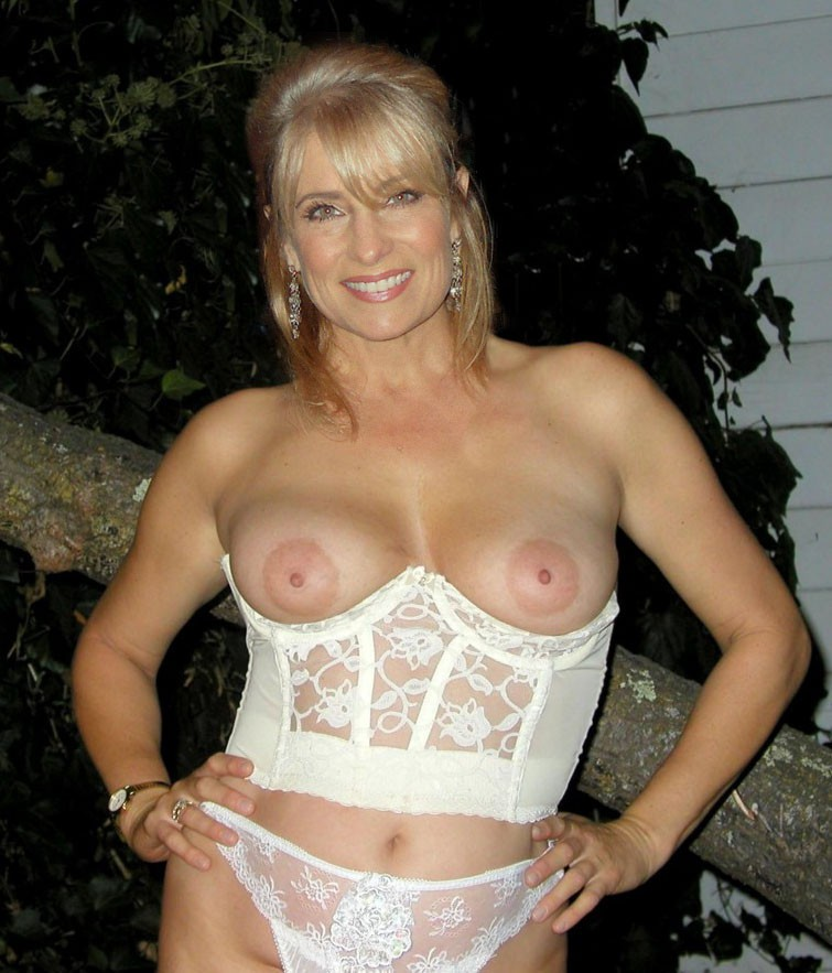 Variant French mom.porno with