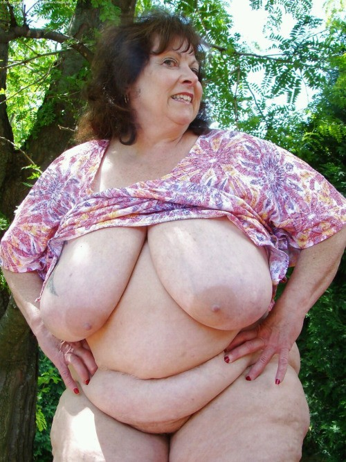 Ugly fat naked old women apologise, but