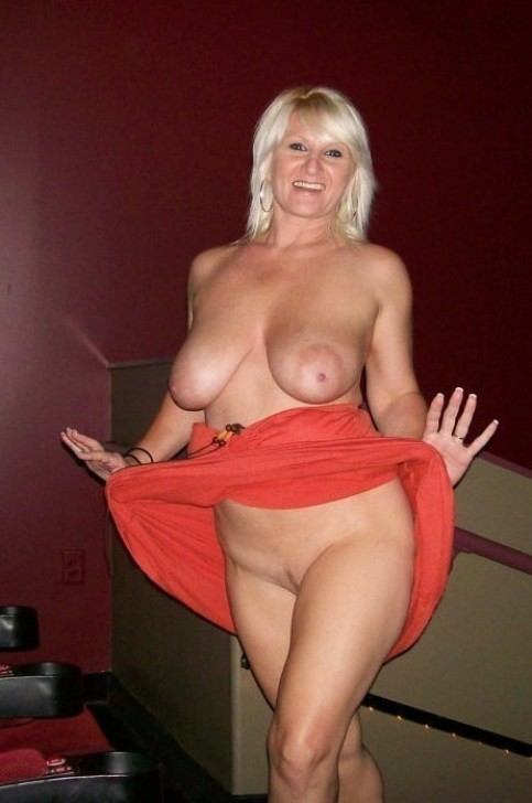 my hot wife naked photo
