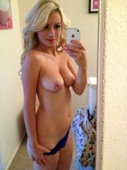 Nude married women does selfies