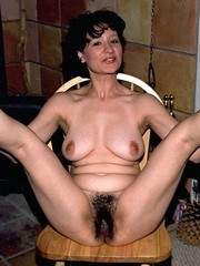 Naked mature ladies, big hairy pussy
