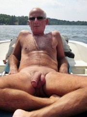 Older Men youn can see my big cock photos