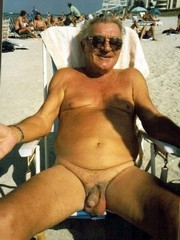Naked Old men shows big cocks